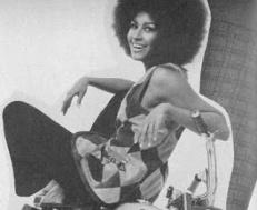 Marsha_Hunt_Vogue_1970