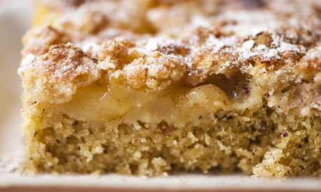 Pear-and-hazelnut-cake-006